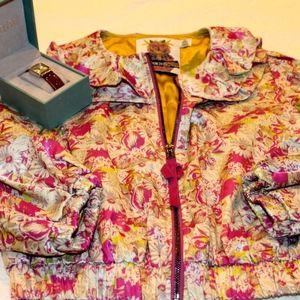 🎄 Forever 21 twist floral bomber jacket